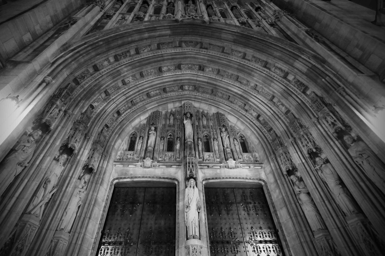 church2BW